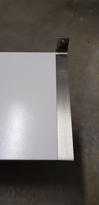 Estantes de pared IKEA blancas modelo BERGSHULT