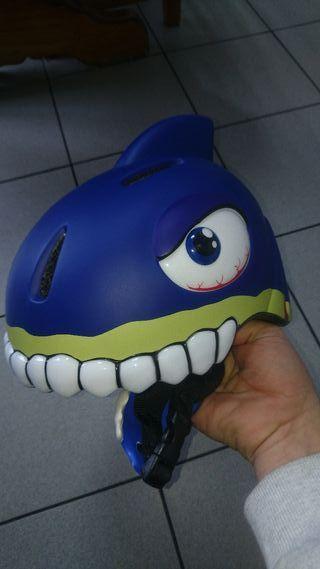 casco bici niño crazy shark