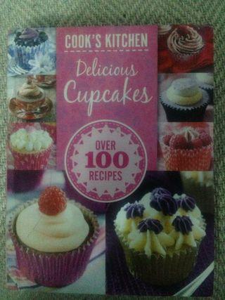 Delicious cupcake recipe book