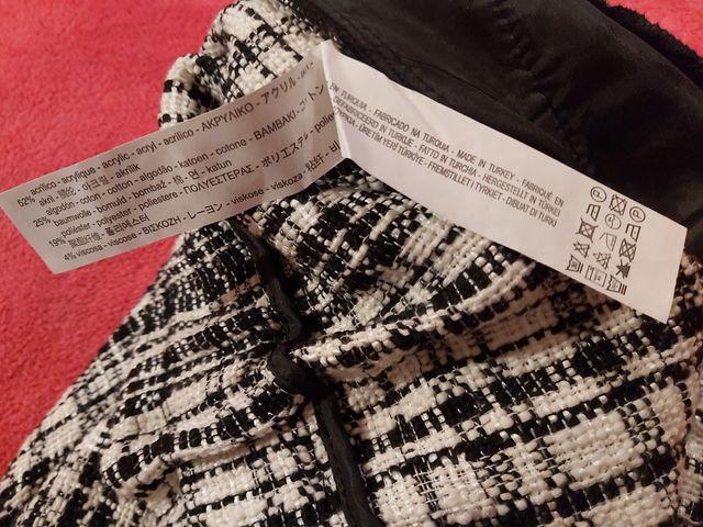 Bermuda o shorts Zara NUEVO con etiqueta. Talla L