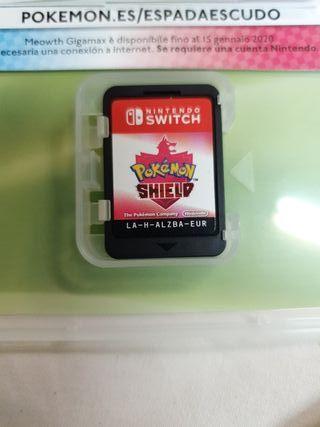 Pokemon escudo + caja metálica