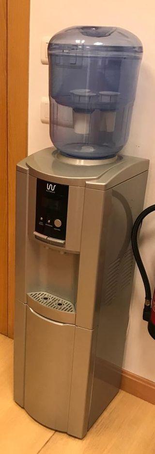 Máquina dispensadora de agua fría y caliente 5L