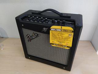 Amplificador Fender Mustang V2