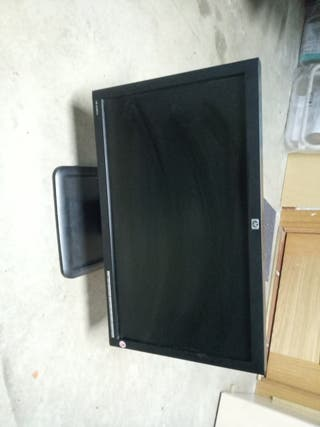 HP LE1851W 18.5-INCH Wide LCD Monitor.