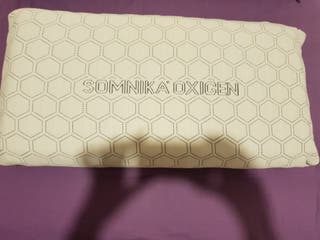 Almohada marca Somnika (gama alta, médica)