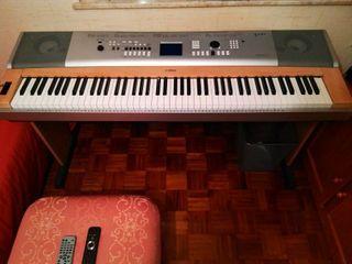 Teclado / Piano Yamaha DGX-630