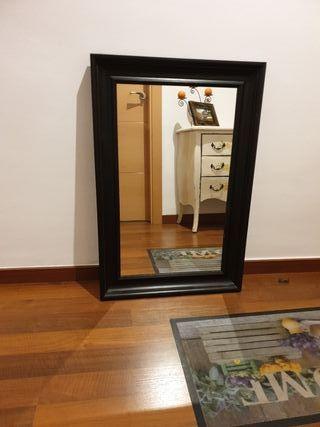 Espejo dormitorio/salón marco negro