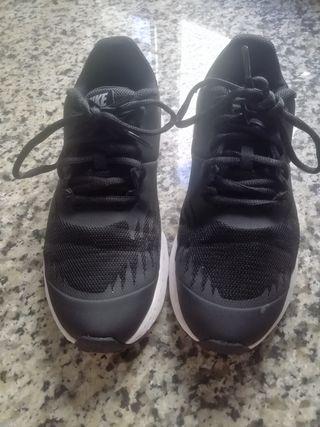 zapatillas deporte Nike originales muy nuevas