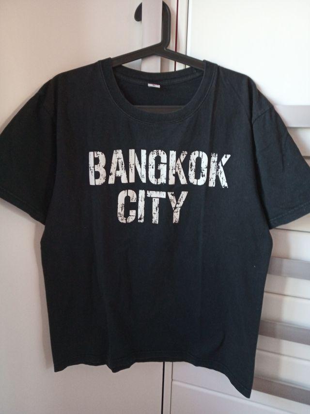 Lote 3 camisetas negras de chico. Talla XL
