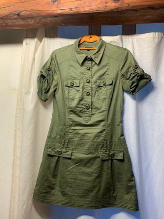 Vestido militar MNG
