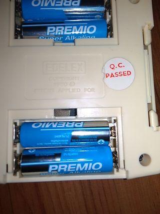 Teclado/Guitarra/Caleidoscopio electrónico.