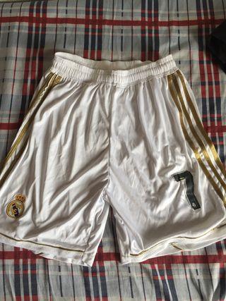 Pantalón blanco madrid 7