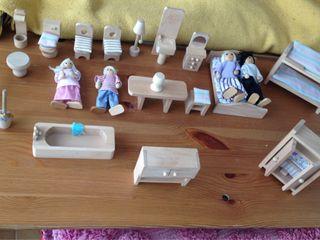 Piezas de casa de muñecas