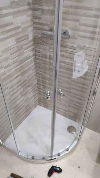 montaje de mamparas de baño todos los tipos