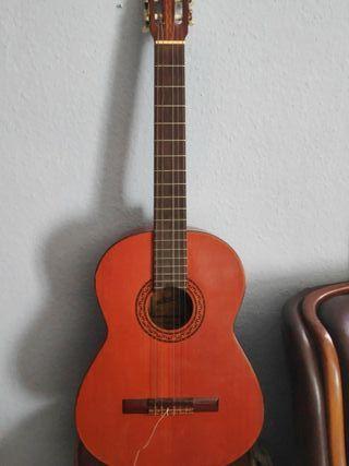 Guitarra española Admira modelo Estrella.