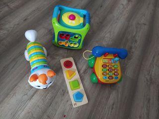 varios juguetes