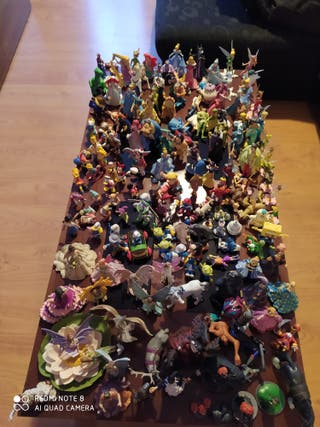 más de 150 muñecos Disney y hadas