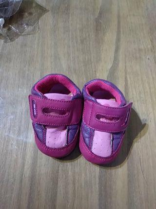 Zapatilla Bebé