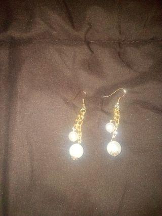 pendiente perla cadena oro