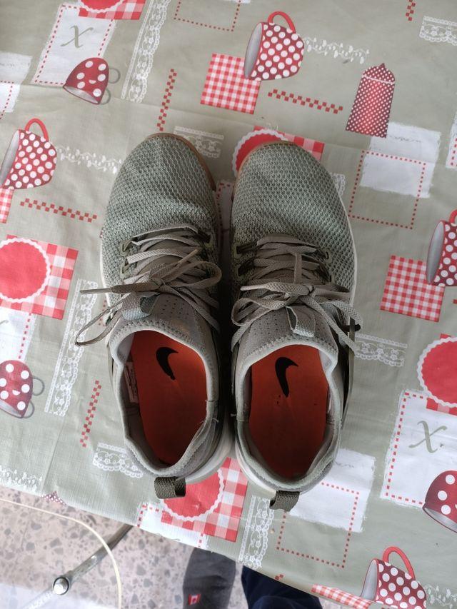 Misionero violación Geometría  Zapatillas Nike Metcon X Militar talla 45 de segunda mano por 15 € en Cabo  de Las Huertas en WALLAPOP