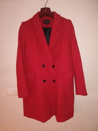 Abrigo rojo zara mujer