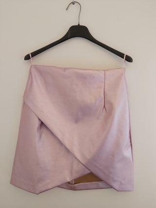 Falda corta rosa champán