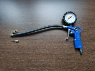 Pistola compresor con manómetro para hincha ruedas