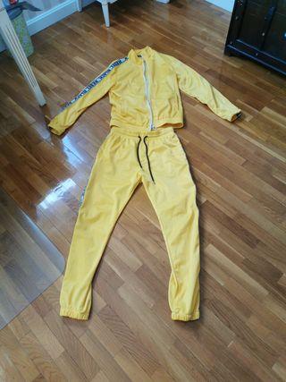 Chandal amarillo streetwear