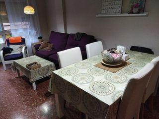 Mesa, sillas y Sofa por mudanza.