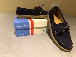 Zapatos azules oscuro talla 45