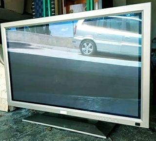 "AIRIS 160 42"" TV LCD Monitor"