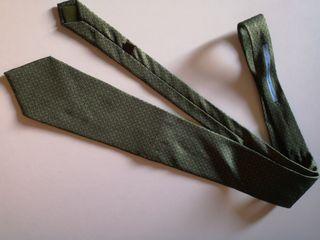 """corbata seda marca """"Loewe"""""""