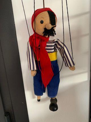 Marioneta de madera - piratilla