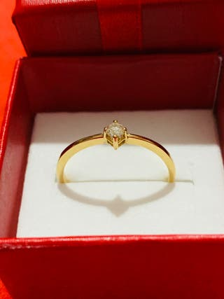 Anillo solitario Oro 18k con Diamante 2.6mm