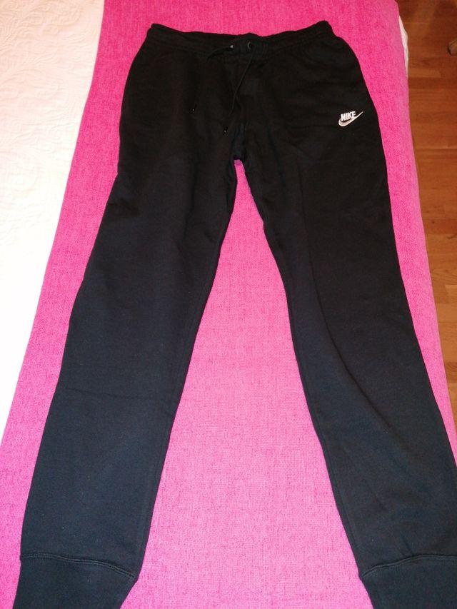 Pantalon Deporte Nike Mujer De Segunda Mano Por 20 En Pinto En Wallapop