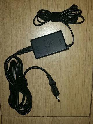Cargador original Sony PSP