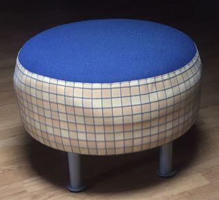 Asiento tipo Puf tapizado