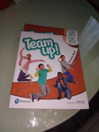 "Team Up! 5° Activity Book y Pupil""s Book"