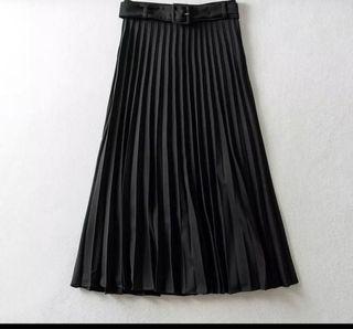 Falda plisada Zara M