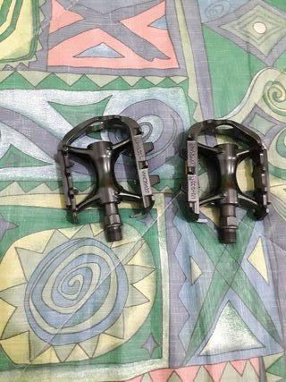 pedales aluminio nuevo a estrenar