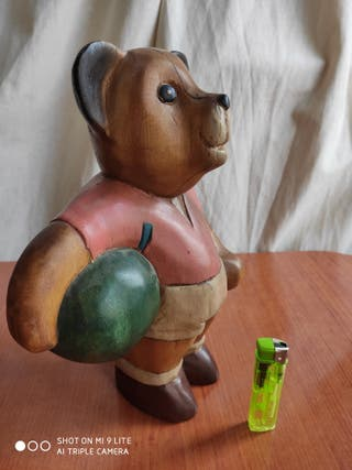 Muñeco de madera - Oso futbolista, tamaño medio