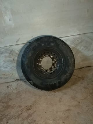 rueda de camión