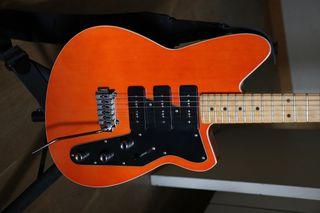 REVEREND JETSTREAM 390 guitarra electrica