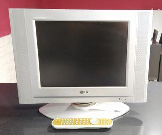 "TV 15"" LG"
