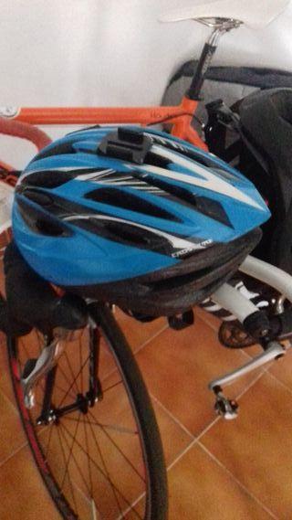 Regalo Un casco de bicicleta