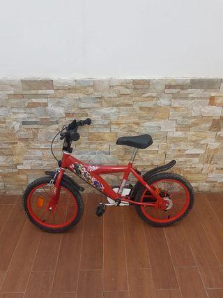 Bicicleta infantil de la película Cars.