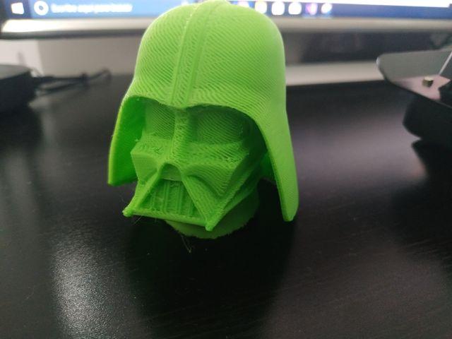 Se imprimen piezas 3D. Pida presupuesto