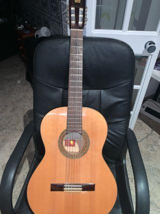 Guitarra flamenca Alhambra