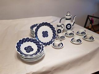 Juego café y platos de cerámica Sargadelos