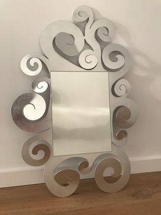 Espejo de diseño formas orgánicas